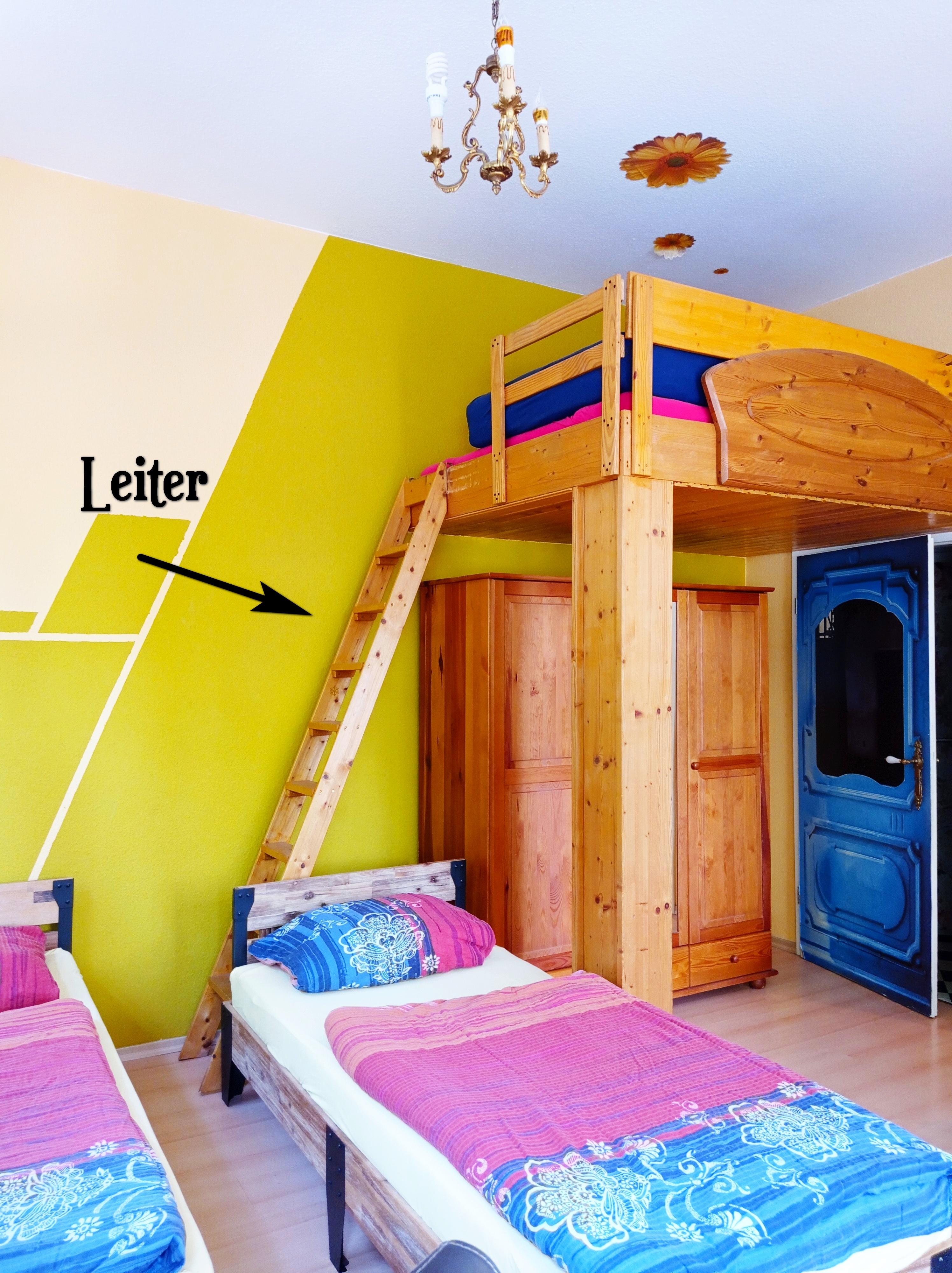 1 raum zimmer ferienwohnung marlene mit balkon in g rlitz niederschlesien sachsen. Black Bedroom Furniture Sets. Home Design Ideas